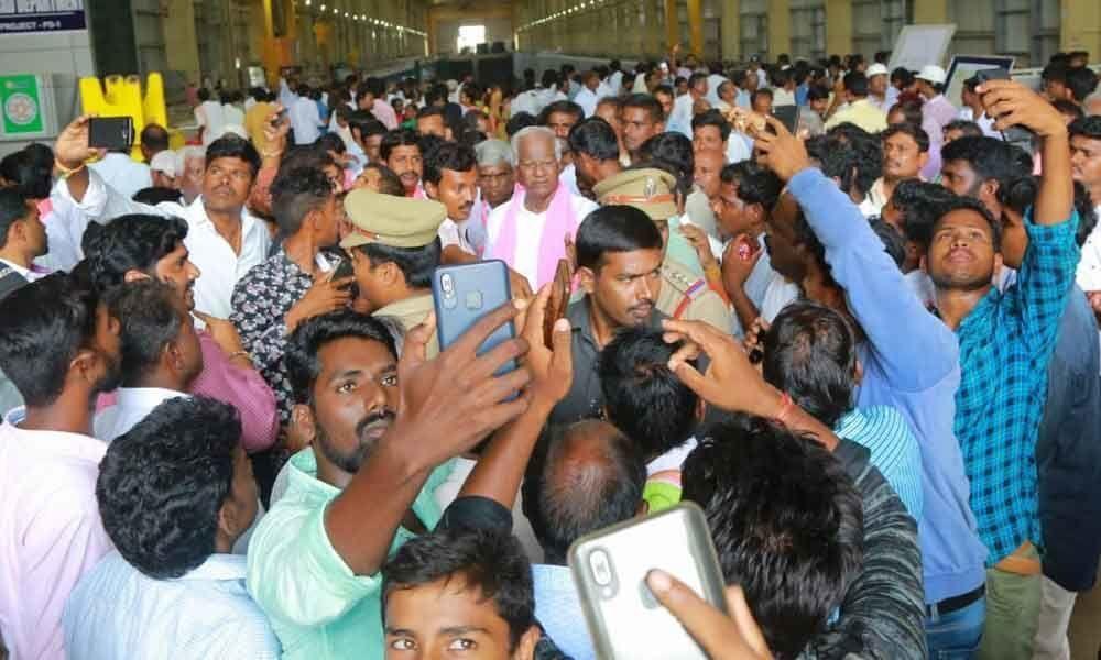 Congress is a closed chapter: Kadiyam Srihari