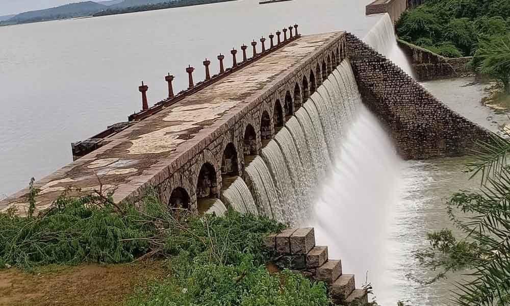 Pocharam project touches Full Reservoir Level
