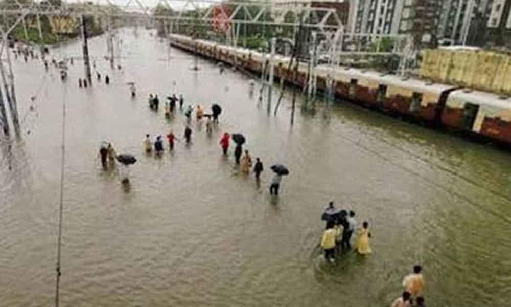 Mumbai Rains: 145 municipal schools turned into temporary shelter homes for stranded passengers