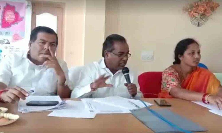 MLA, MP promise fair compensation to Kudikilla farmers losing lands to PRRLI in Nagarkurnool