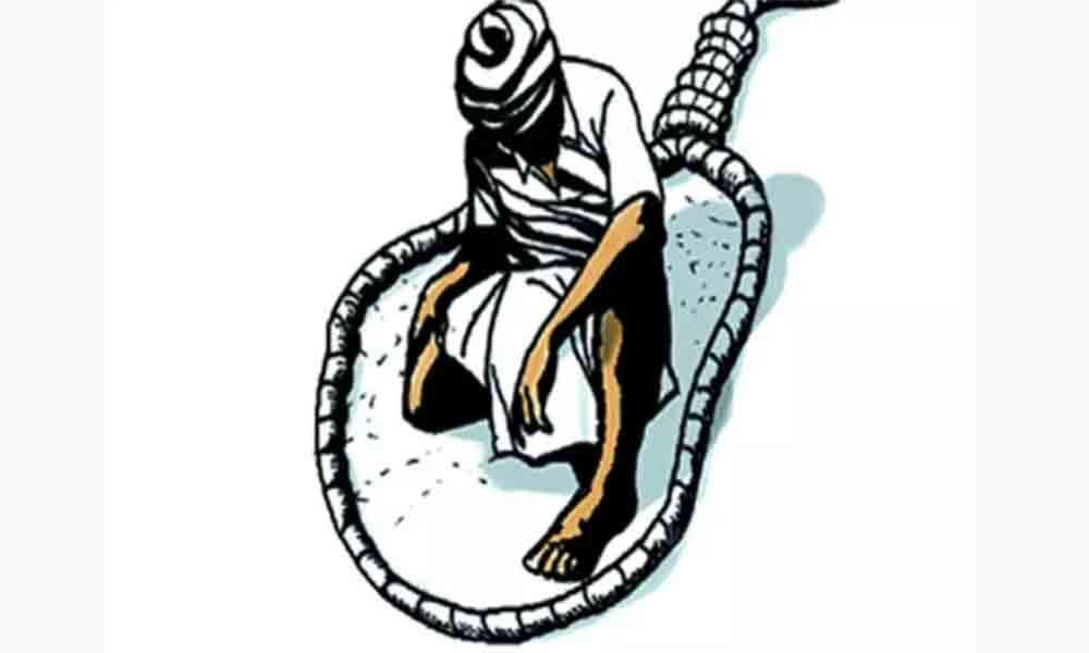 Two farmers committed suicide in kadapa district