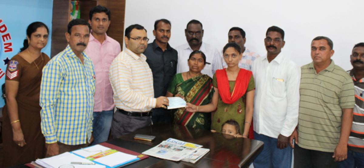 Deceased home guards families get financial help: Kothagudem SP