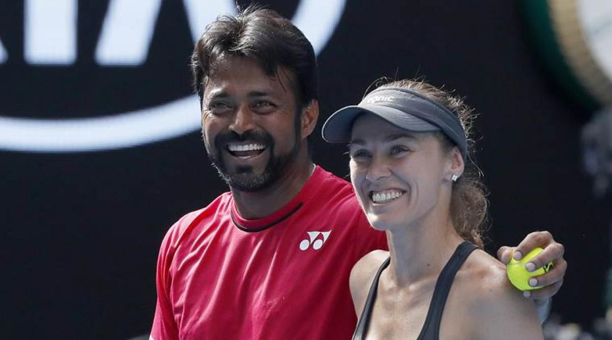 Australian Open: Paes-Hingis eases into mixed doubles quarters