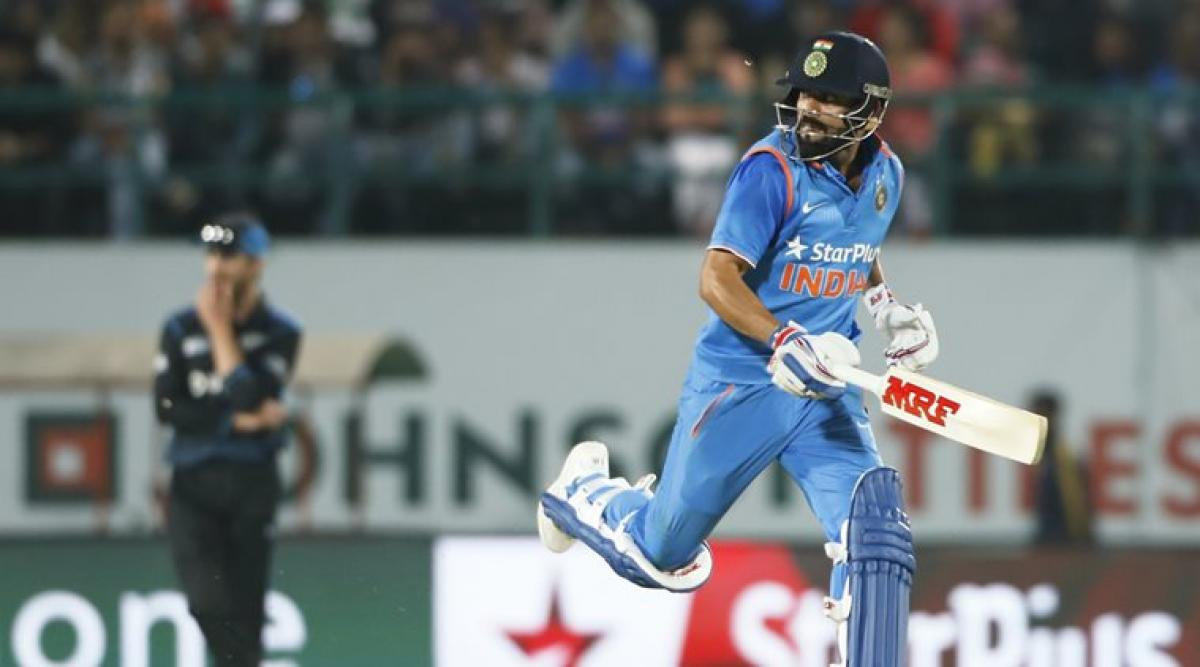 India win toss, elect to field in third ODI