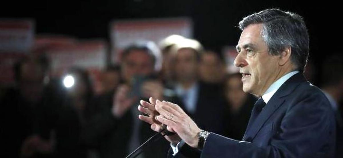 Poll shows majority of French voters believe Fillon wrong to stick to presidential bid