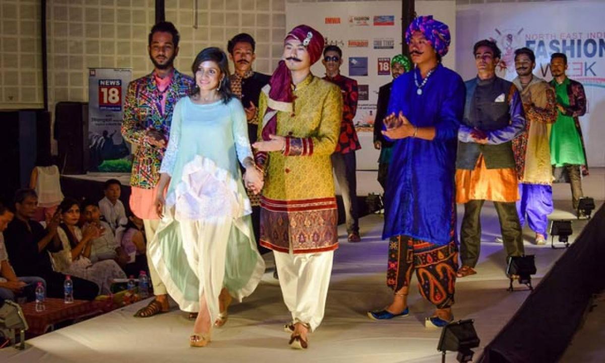 Rajasthani apparel rocks fashion gala