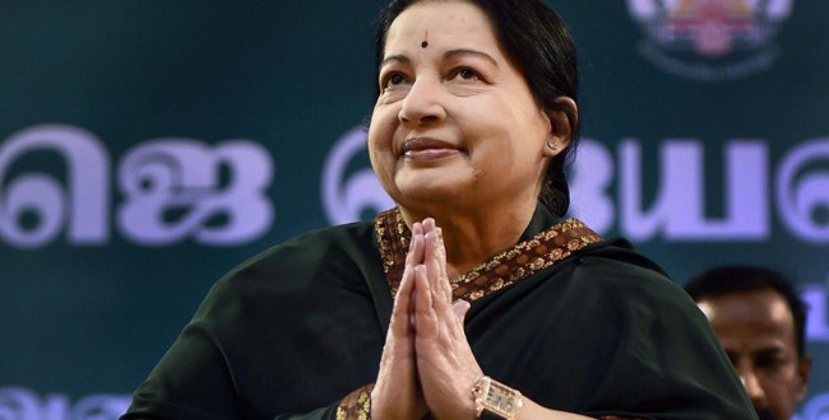 Jayalalithaa was conscious when admitted to hospital, clarifies British doctor