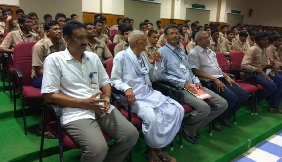 Tributes paid to Gidugu Ramamurthy