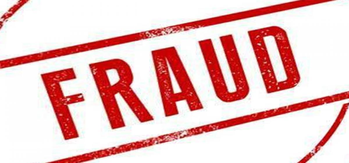 Fake bank official cheats man of 1.24 lakh