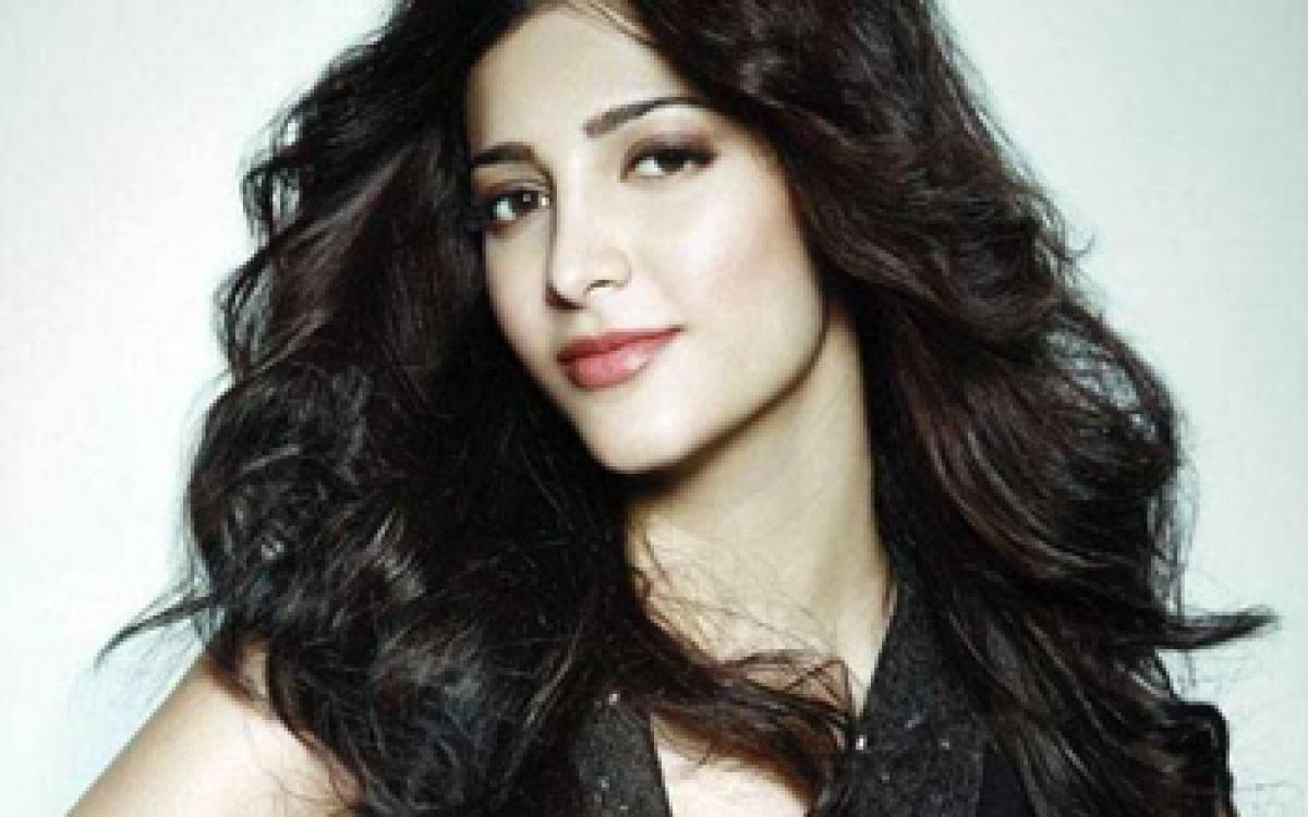 Shruti Haasan to croon for a song on Womens Day