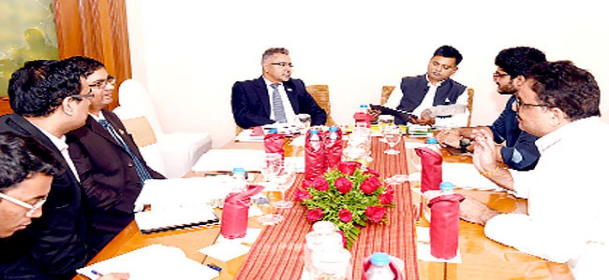 Odisha lures AP bizmen, holds investors meet