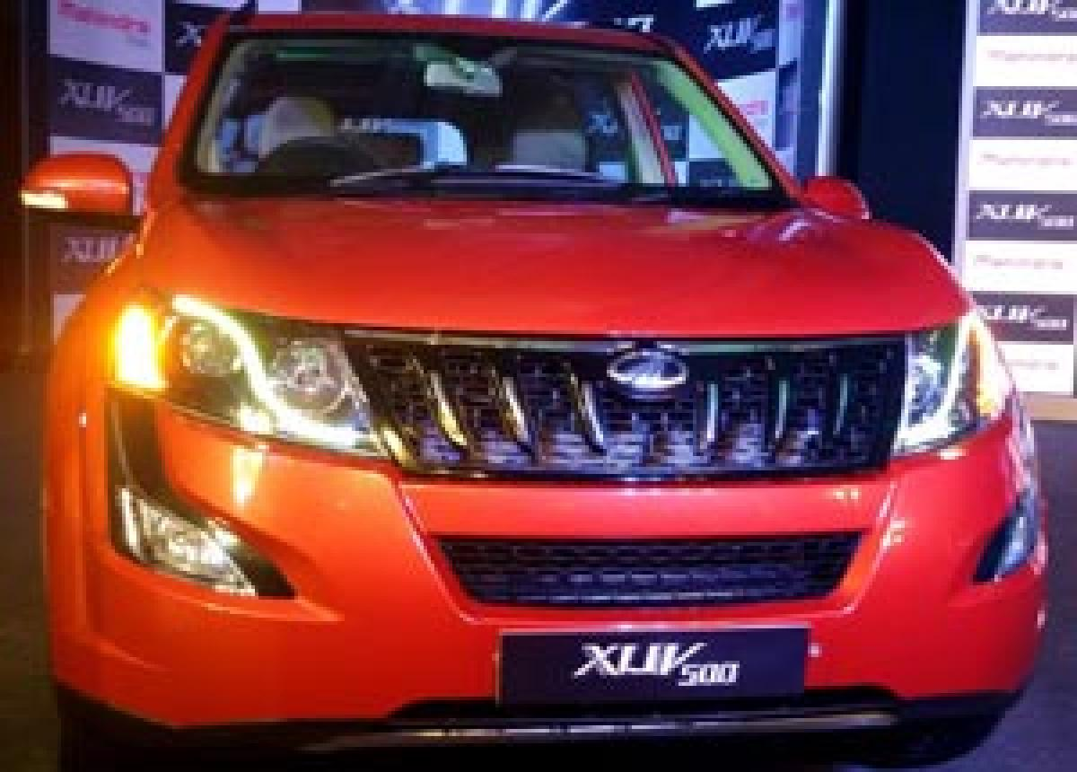 Mahindra XUV500 W6 Automatic launched