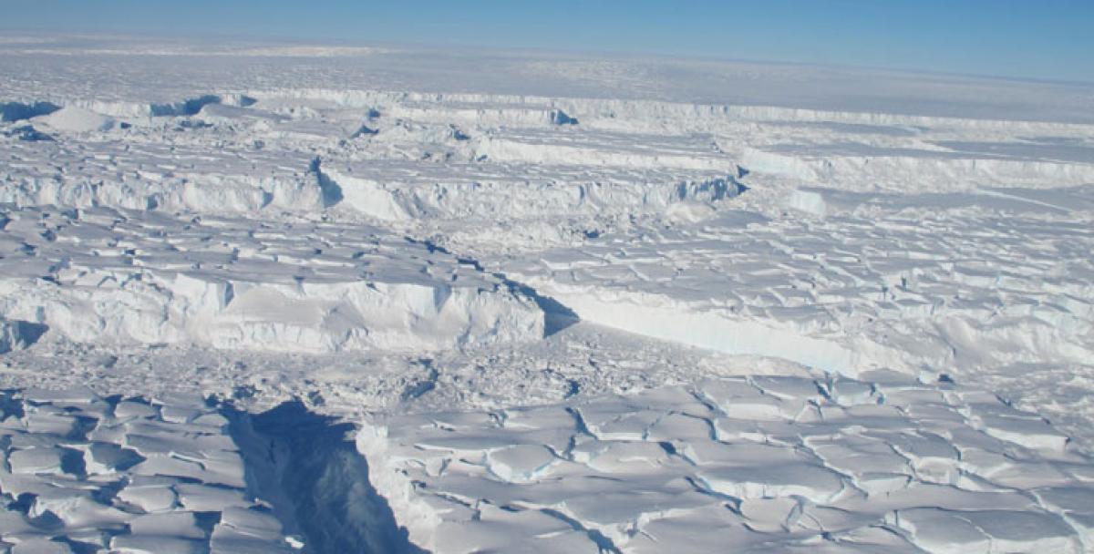 Antarctic snow making up for thinning glaciers, says Nasa