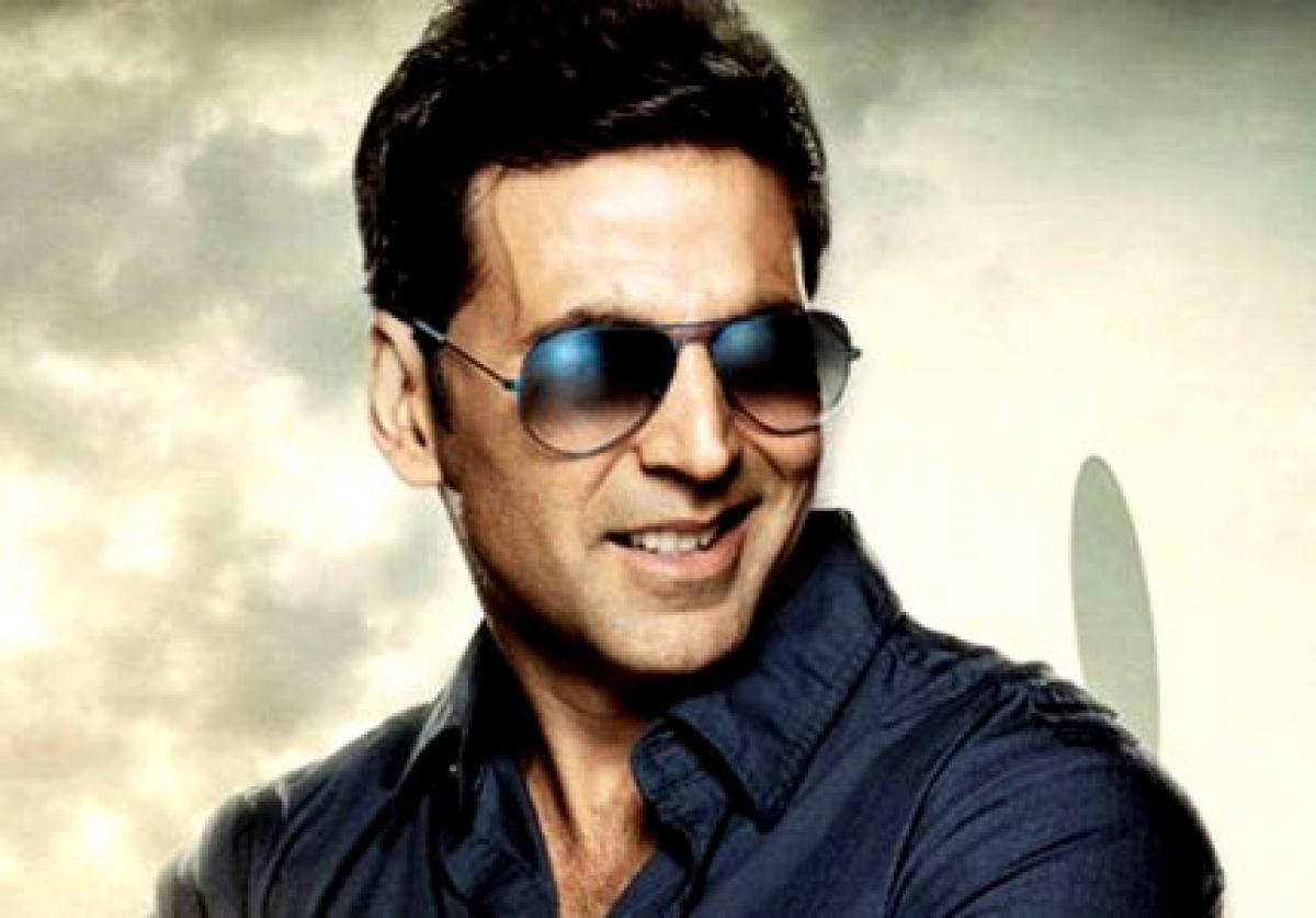 `Dil Cheez Tujhe Dedi` from Akki`s `Airlift` out now