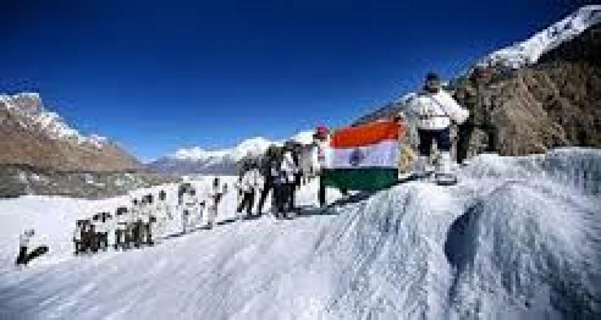 Vice Chief of Army Staff Flags off Indian Army Everest Expedition