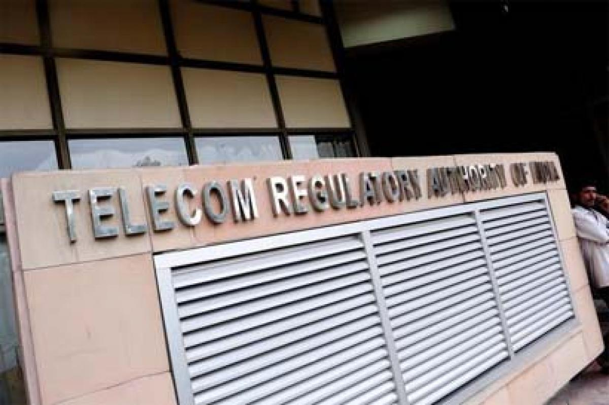 Consumers have right to be compensated for call drops: TRAI