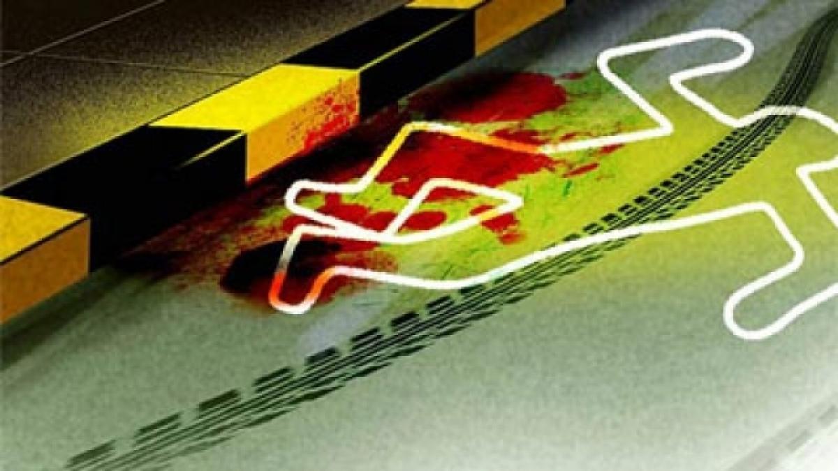 4 killed as bike rams into tree in Telangana