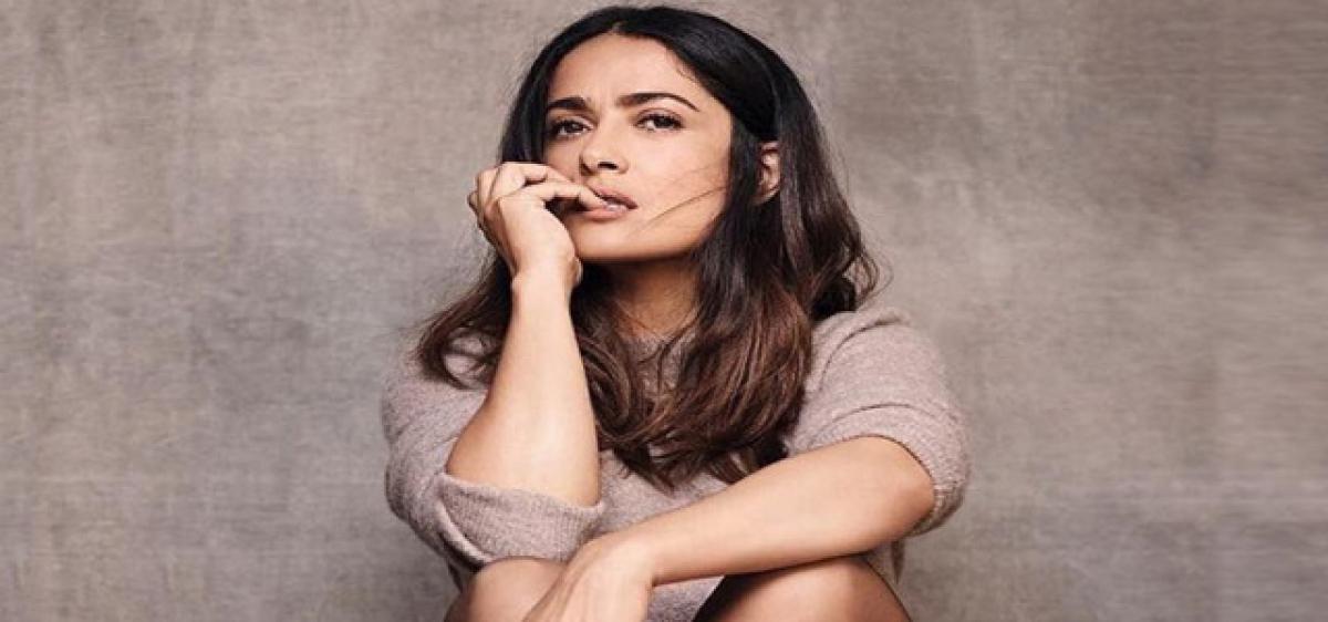 Salma Hayek suffers from stage fear