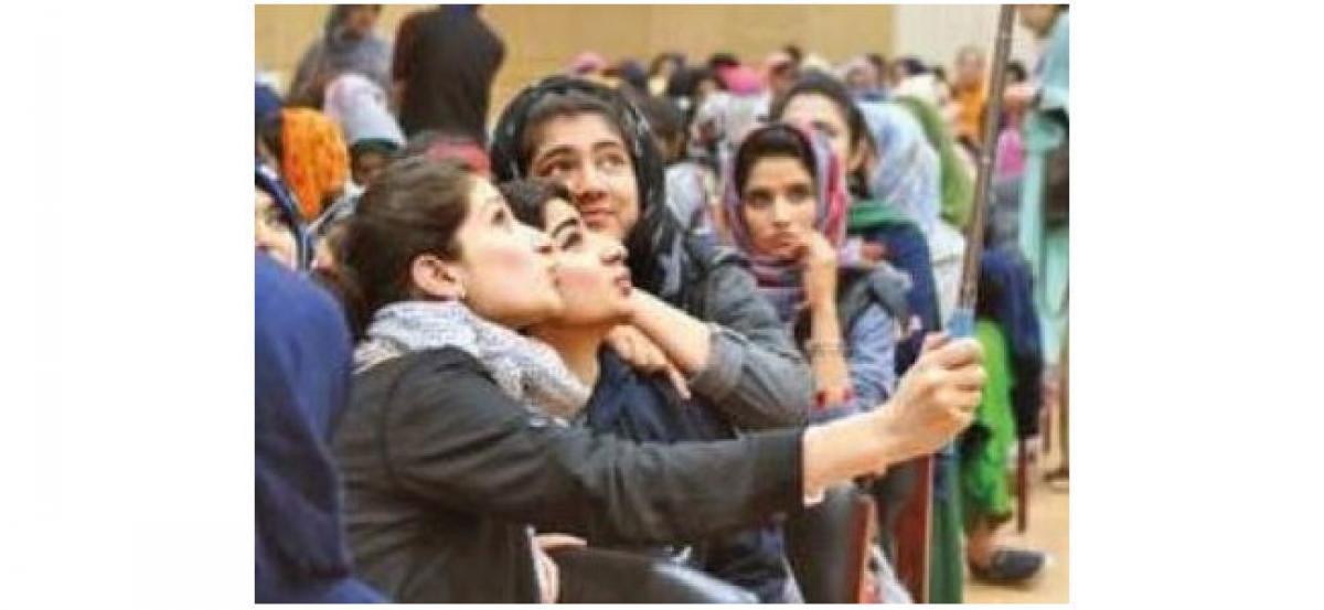 Delhi student wins 'Young India Student' award