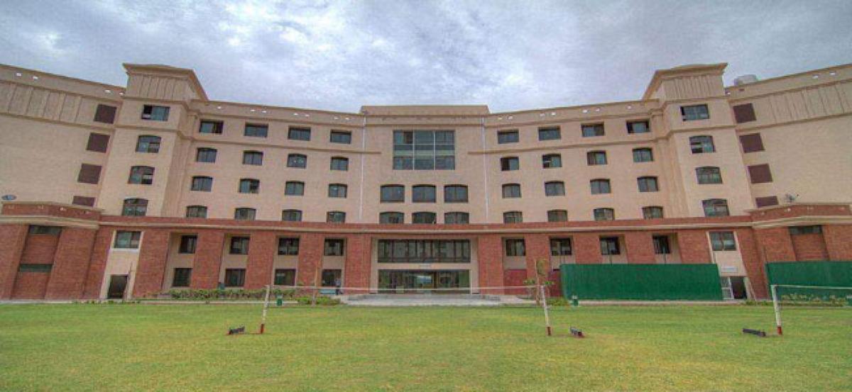 Shiv Nadar varsity admissions