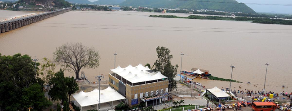 Floodwater level drops in Prakasam Barrage