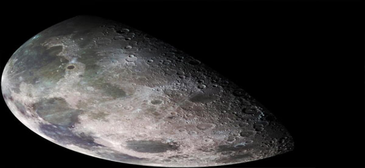 Water widely present across Moon's surface: Study