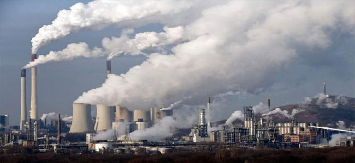 'Extreme weather risk despite Paris Agreement'