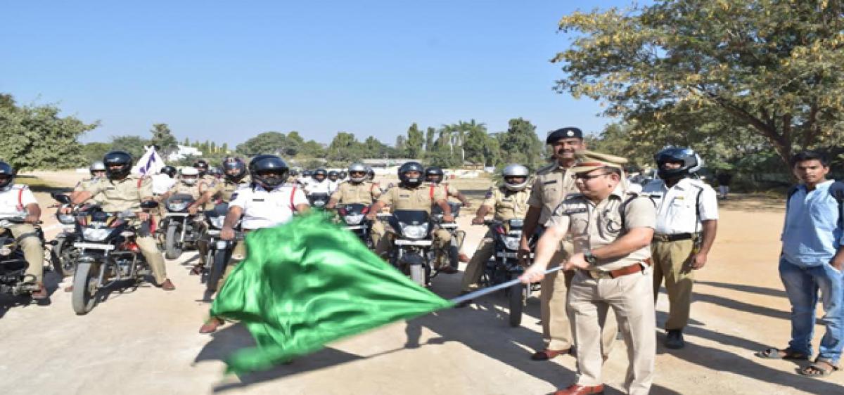 Nizamabad police promote use of helmets