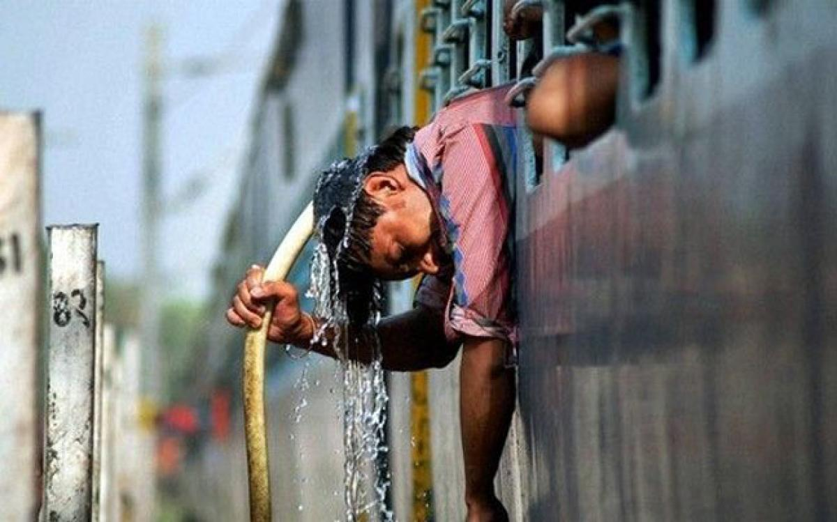 Heat wave claims 11 lives in Telangana