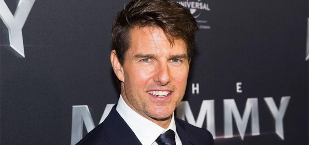 Jake Johnson had fun working with Tom Cruise