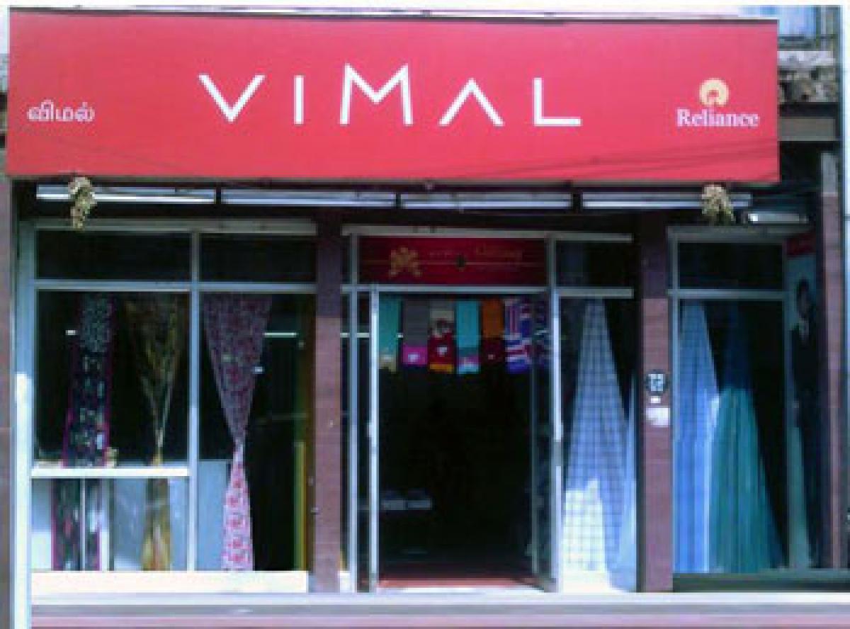 RIL eyes 1800 cr sales from Vimal brand in 3 yrs