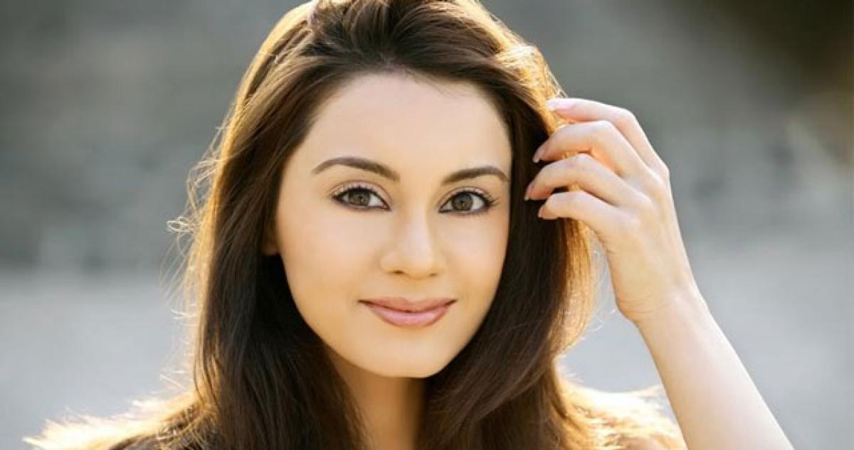 Everyones a great actor at poker table: Minissha Lamba