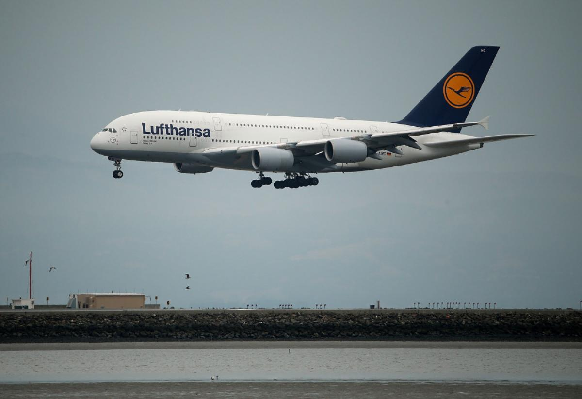 Lufthansa flight diverted to New York due to bomb threat