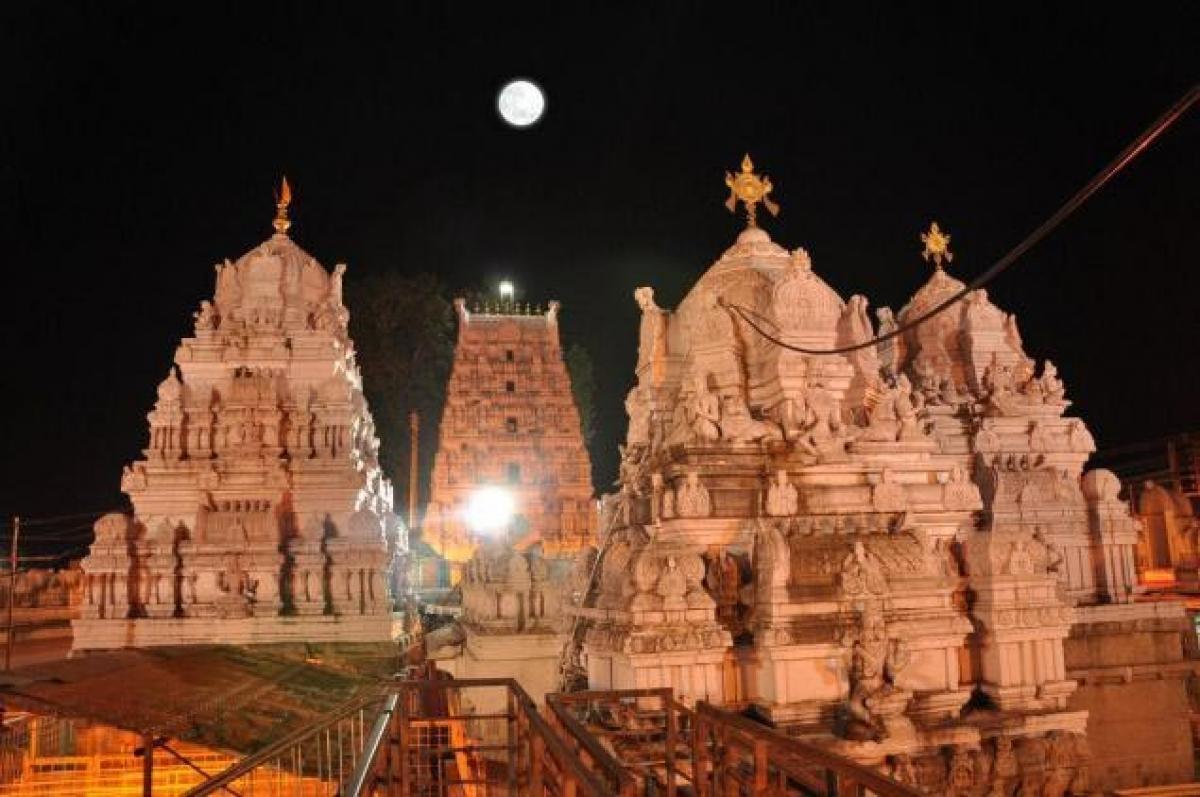 Vemulawada shrine will be developed in phased manner