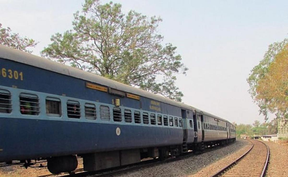 Railways Provide Train Tickets To South Sudan Evacuees At Airport