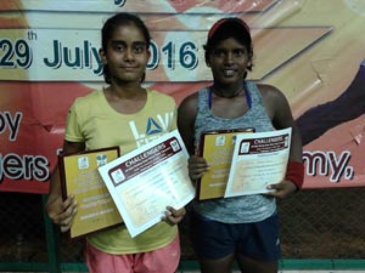 Dedeepya-Dharna win doubles title