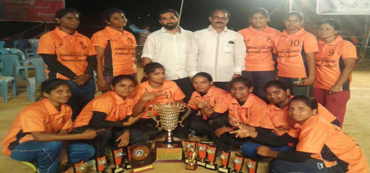 RR eves, Hyderabad men champs