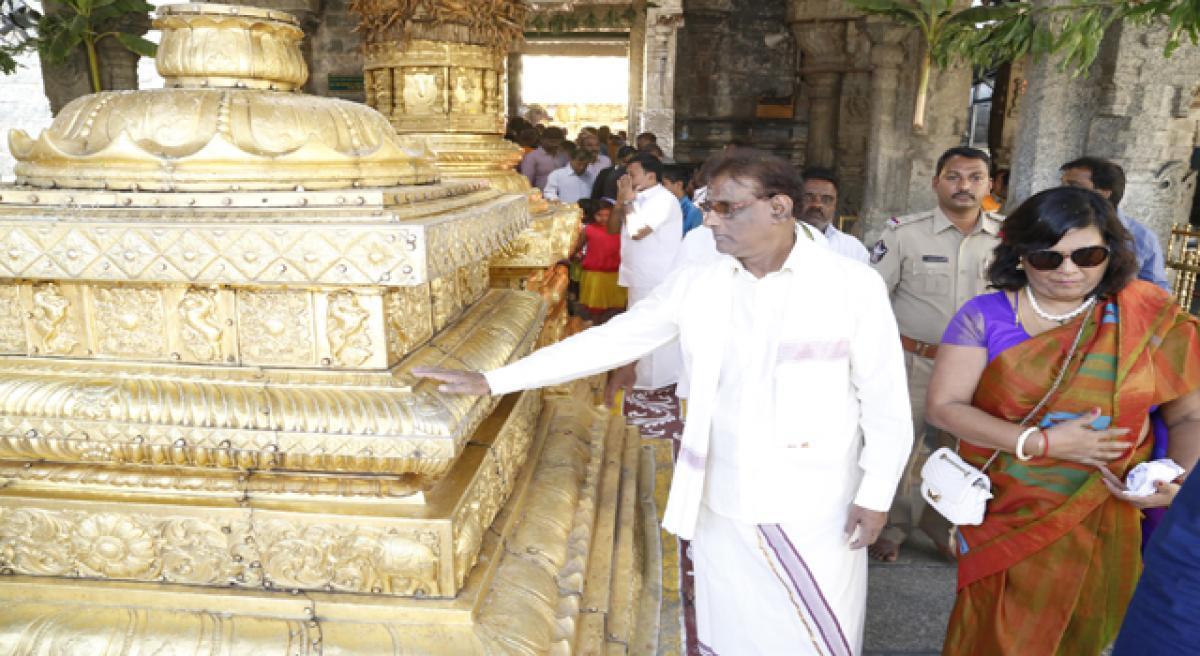 Mauritius Vice-President worships Lord Balaji
