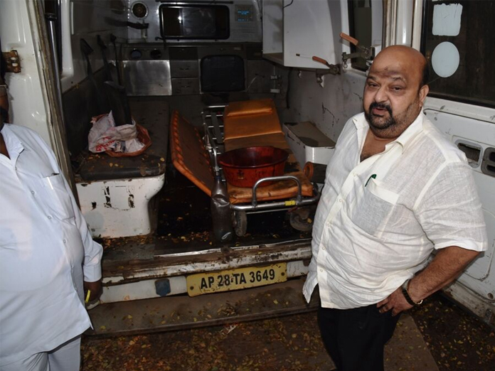 140 ambulances deserted in Vijayawada: MP Maganti Babu
