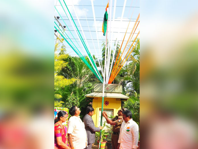Patriotic fervour marks R-Day celebrations in Krishna