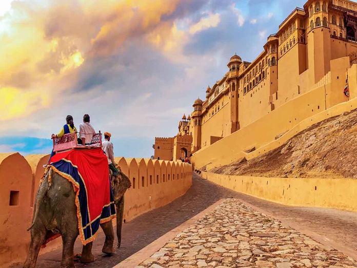 Beyond literature: What to do in Jaipur while attending the JLF
