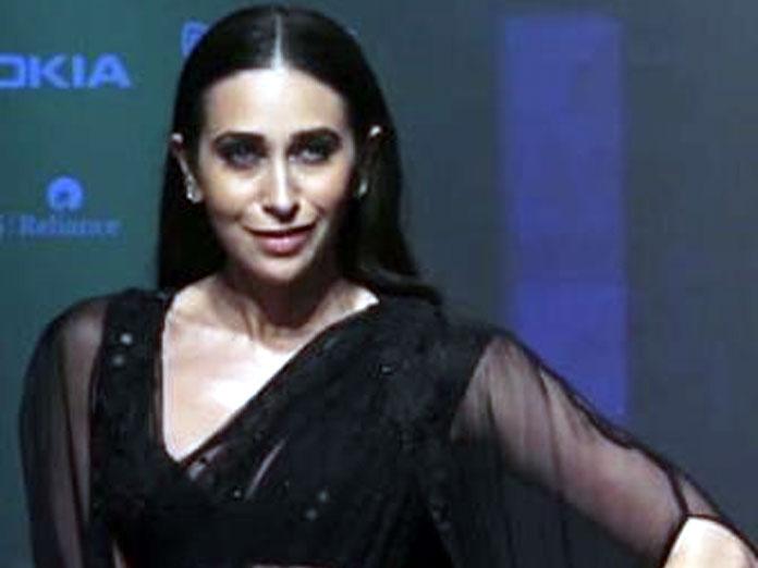 Karisma Kapoor Will Walk For Punit Balana At LFW