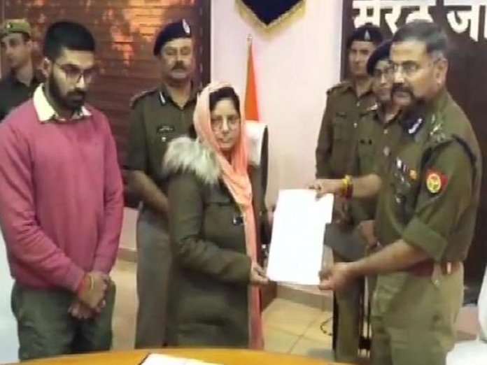 Bulandshahr violence: UP police donate Rs 70 lakh to Inspector Subodhs kin