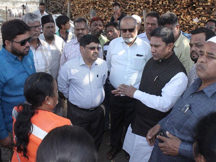 MLA Kausar Mohiuddin tours Tolichowki inspects works