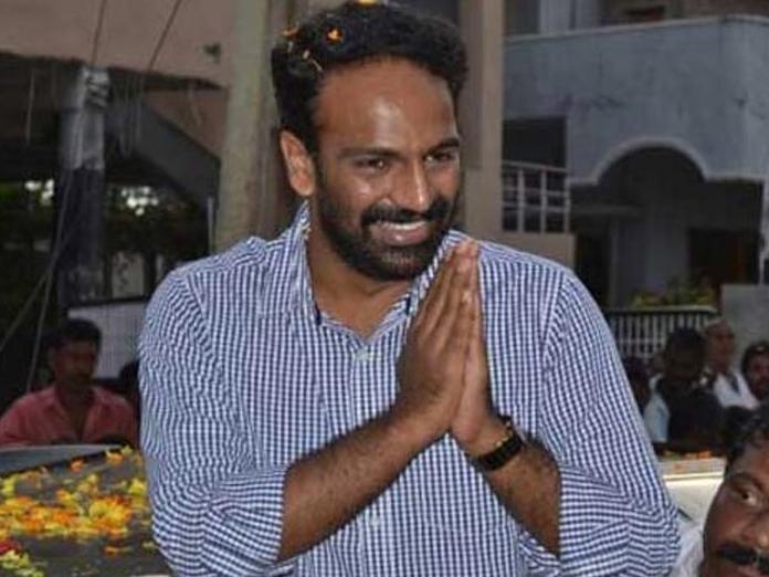 Vangaveeti Radha quits YSRCP