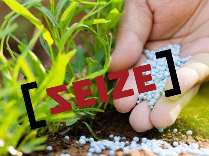Officials break open shops, seize fake fertilisers