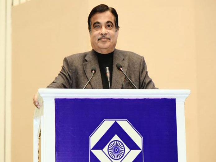 Govt allows Iranian bank to open Mumbai branch: Gadkari
