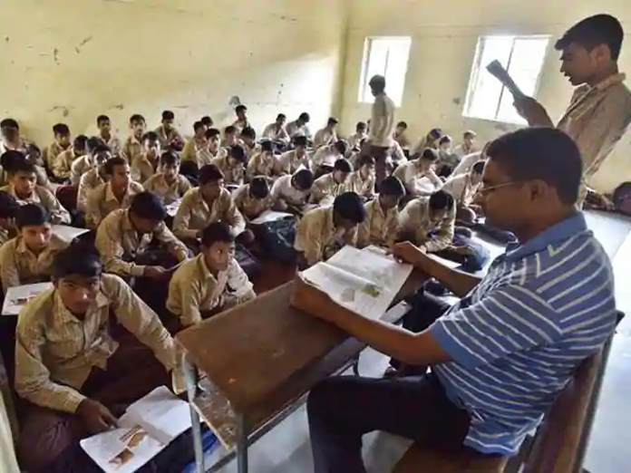 Guest teachers have not received salaries for last six months