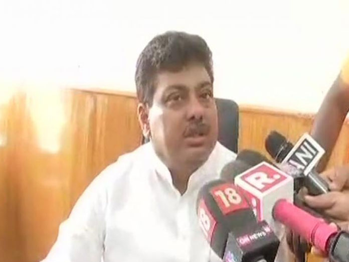 Karnataka brawl incident: Cops on look out for MLA Ganesh, says home minister Patil