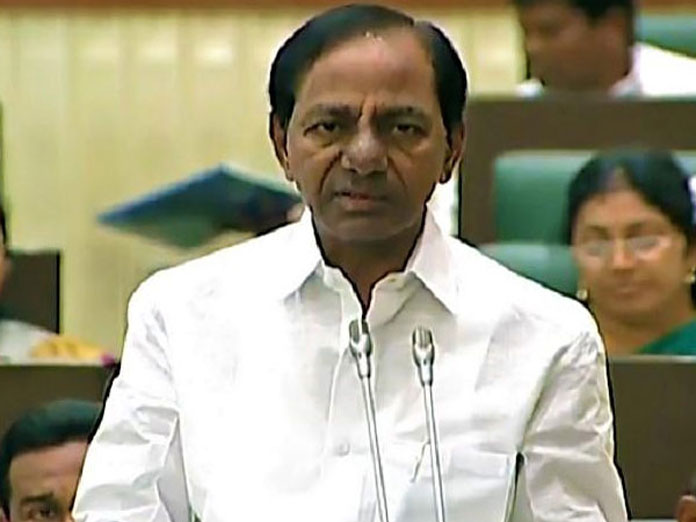 KCR slams centre for non-allocation of funds to Telangana